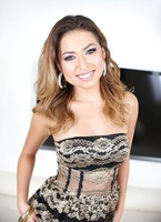 Texan knockout Melissa Moore secretly loves to swallow #01