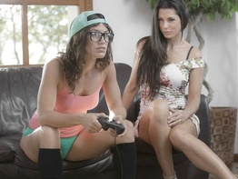 Julia Roca and Alexa Tomas in gamer threesome