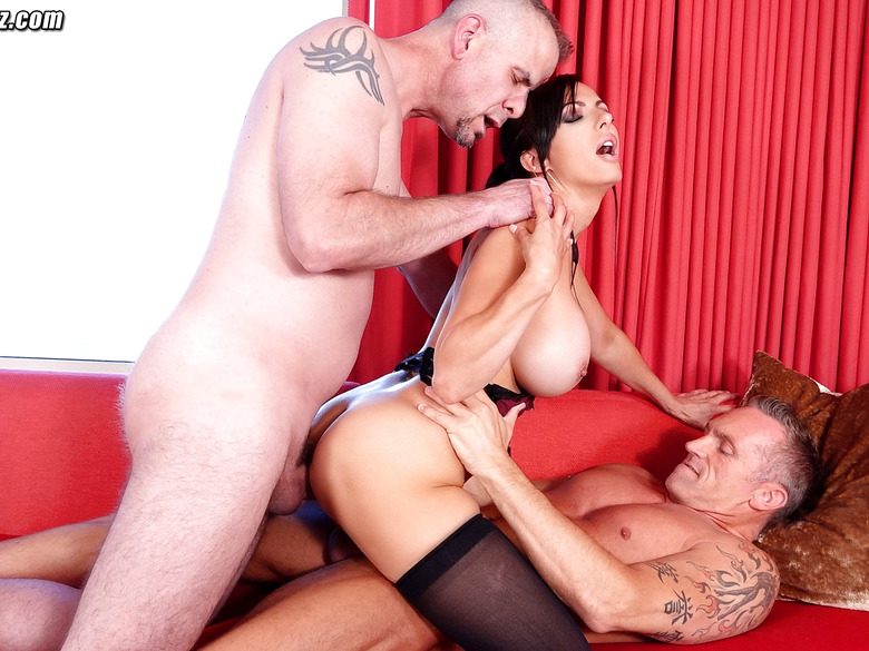 Catalina Cruz first time threesome and double penetration