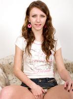 Teen girl Lisa is a good little cock sucker #01