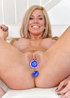 Parker is a milf that is home alone pleasuring herself #02
