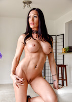 Starri is a dark haired milf showing off her body #13