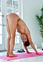 Portia a beautiful milf in Keeping Limber #08