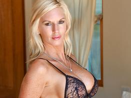 Jewel a busty milf in Classy Blonde