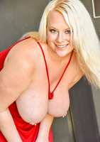 Camerona blonde milf in Blonde Busting Out #10