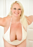 Cameron in Big Bouncy Breasts #03