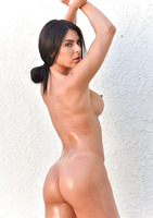 Inna shows off her boddy in Shining With Oil #13