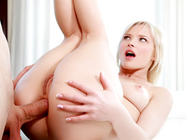 Zazie Skymm in Blonde Teen Gets Anal Creampie