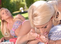 Babes with a foot fetish licking on each others toes #09