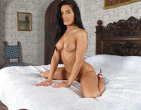 Lexi Dona stripping on bed and showing pussy closeup #10