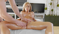 Busty mature babe Parker Swayze oiled up and ready #10