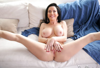 Veronica Avluv is a busty mature lady seducing a younger guy #07