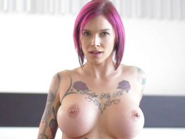 Anna Bell Peaks in Boy Next Door