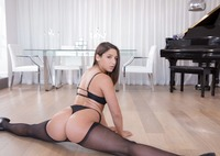 Big booty babe Abella Danger gets her asshole fucked #01